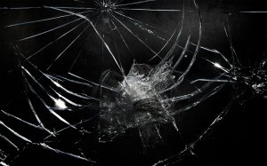 broken_glass-1280x800